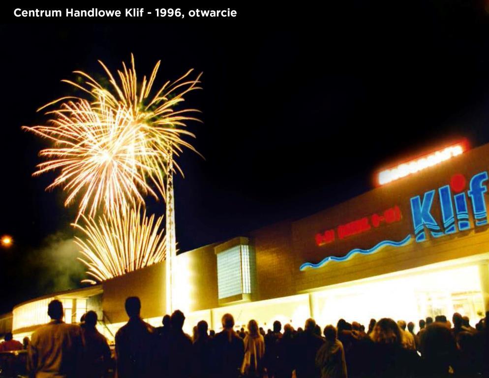 3-centrum-handlowe-klif-1996-otwarcie